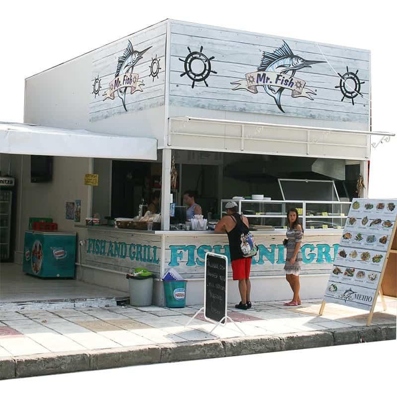 Проект на визия предназначЗа откриването на ресторант Mr. Fish в курортното градче Китен, ни потърсиха собствениците на обекта с идеята да реализираме автентичен бранд лесно разпознаваем и запомнящ се. Поради идеята на, която желаеха да наложат в Mr. Fish се мотивирахме и постигнахме тази визия за лого на ресторанта. За интериорния дизайн на Mr. Fish заложихме на изчистени, я дизайн и добавихме мор, ски мотиви.ена за интериора на, ресторанта на която могат да се наслаждават клиентите