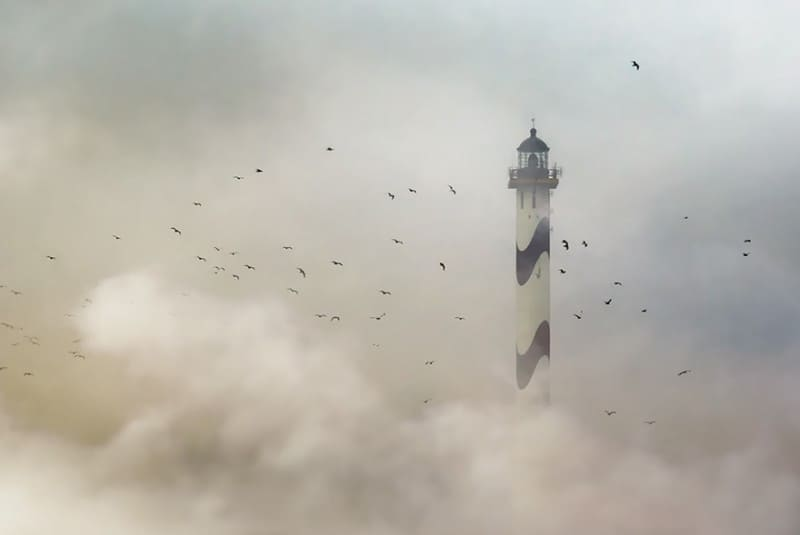 28 Спиращи дъха снимки на Фарове, които са издържали теста на времето (15)