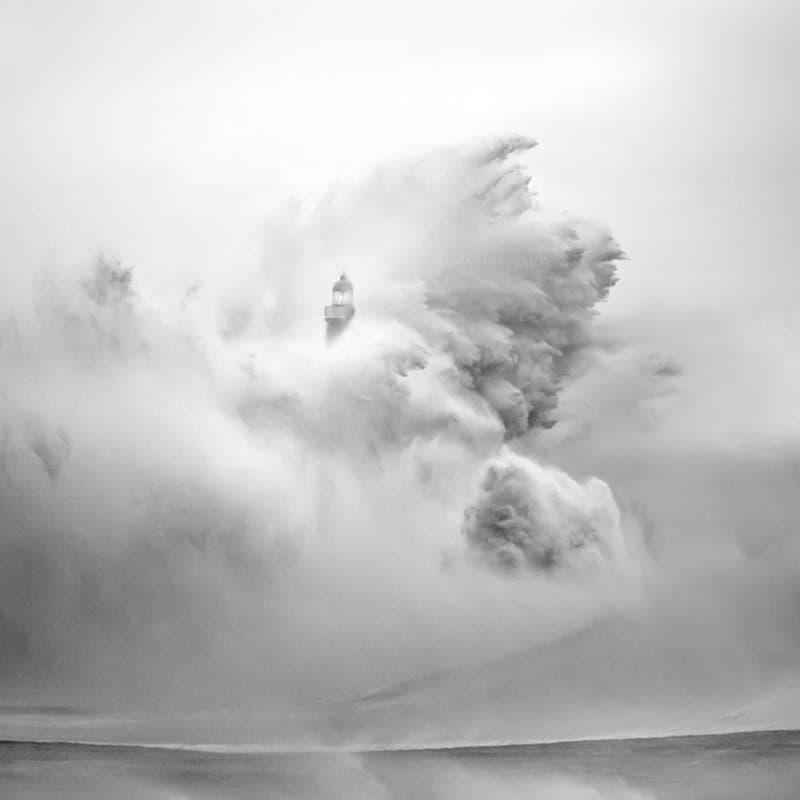 28 Спиращи дъха снимки на Фарове, които са издържали теста на времето (17)